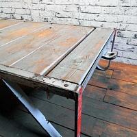 Industriální konferenční stolek   Industriální konferenční stolek