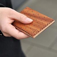 Dámský dřevěný vizitkovník Rubi Note