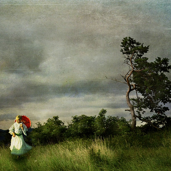 Nad dedinou | Veronika Otepková