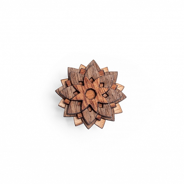 Ozdoba do klopy Buteo Flower | BeWooden