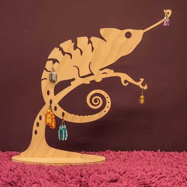 Stojánek na šperky Chameleon | Babooshop