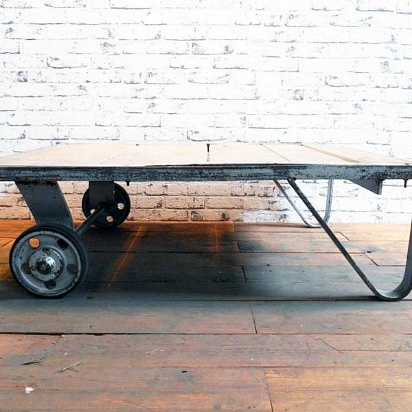 Industriální konferenční stolek | Industrial Antik