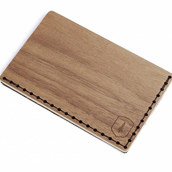 Dřevěný vizitkovník Nox Note | BeWooden